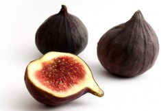 Fig halves   photo